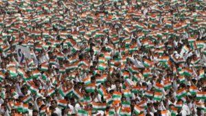 गर्व से कहो हम भारतीय हैं, और शर्म से कहो हम 134 करोड़ हो गए