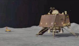चंद्रमा की सतह पर लैंडिंग करवाते समय टूट गया था विक्रम लैंडर से संपर्क